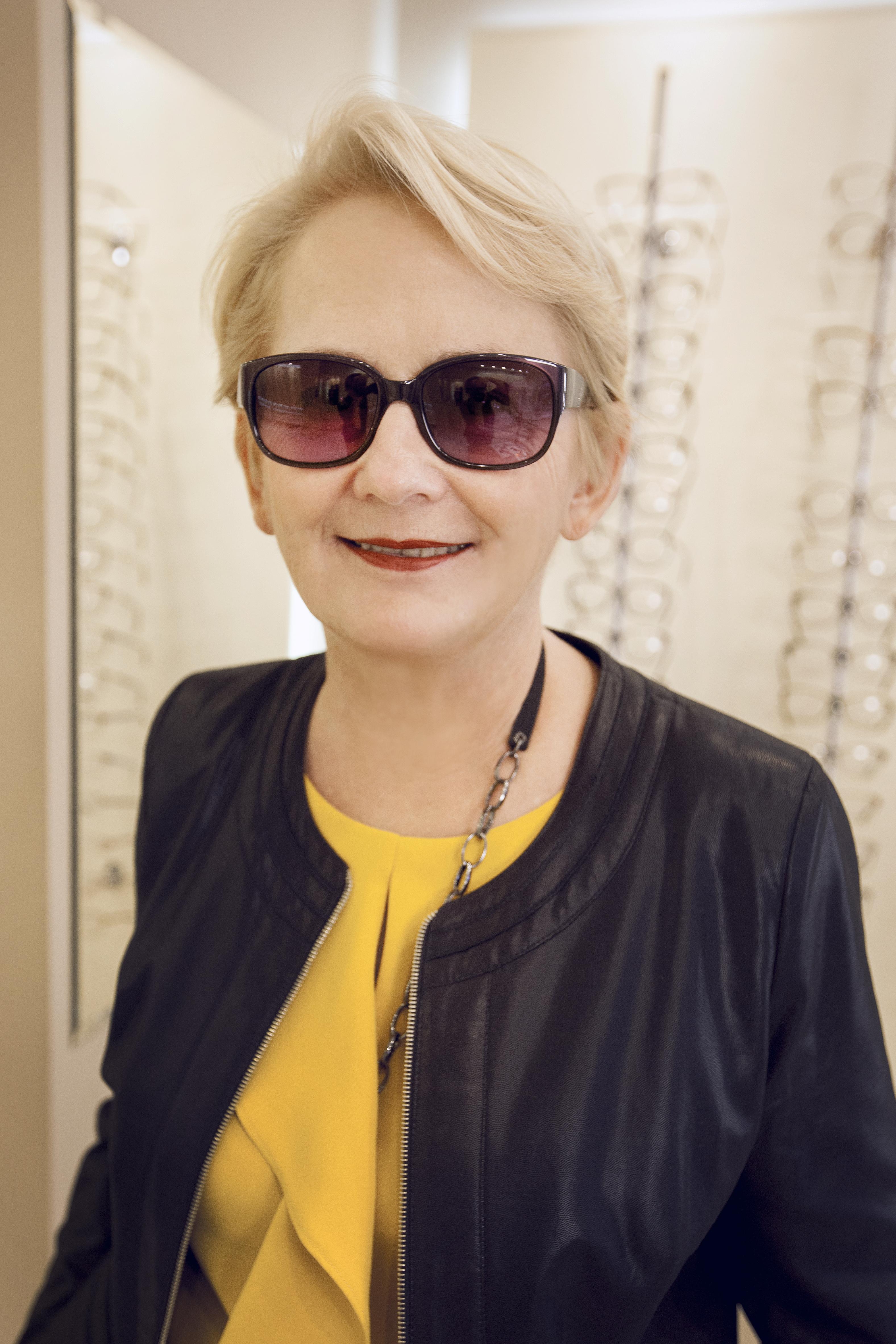a380b94cbf OKULARY NA MIARĘ - Krystyna Bałakier